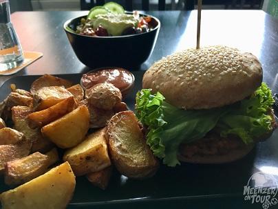 "Sehr leckere vegane Burger im ""Burgernah""."