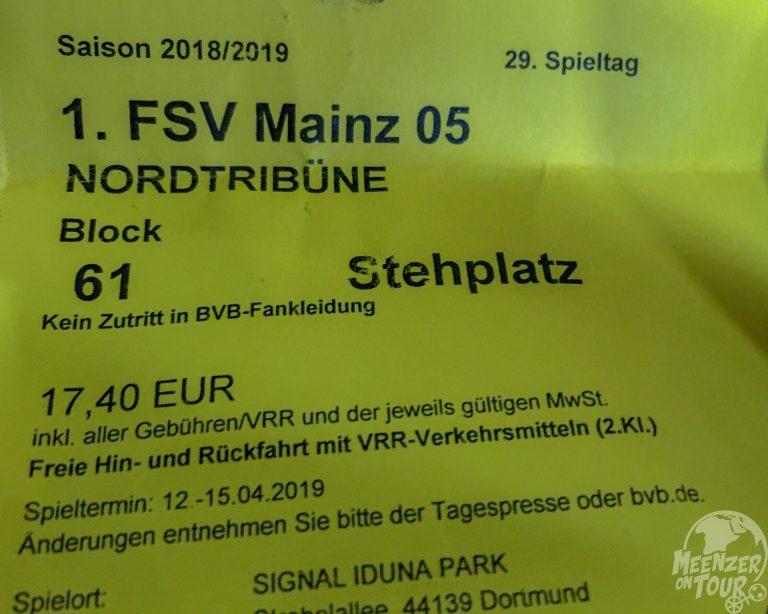 """""""Kein Zutritt in BVB-Fankleidung"""" - sagt eigentlich alles"""
